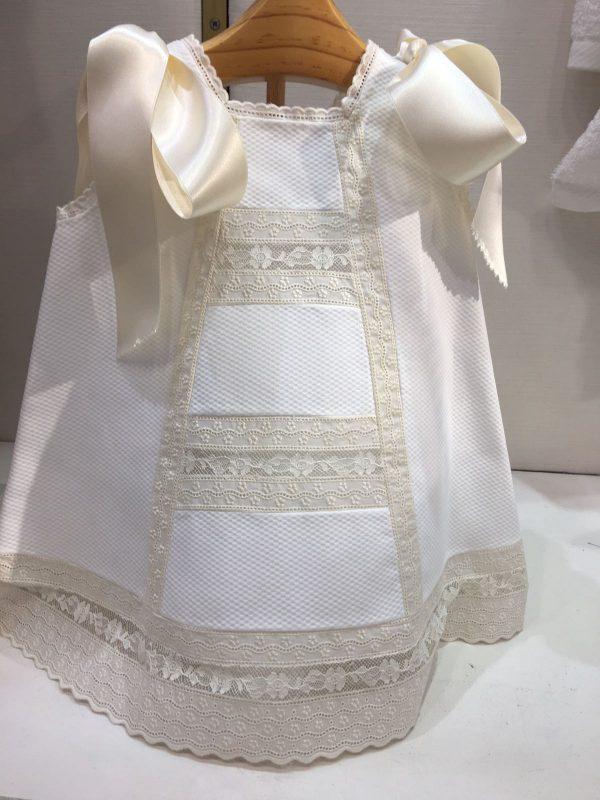 Faldones para bebé, moda infantil