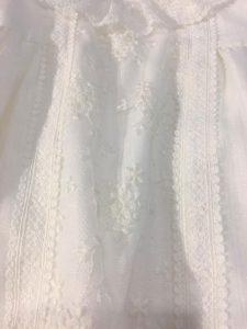 Vestido de ceremonia con braguita especial